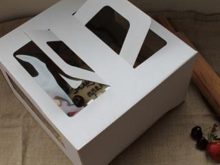 Праздничная и стильная упаковка для Торта